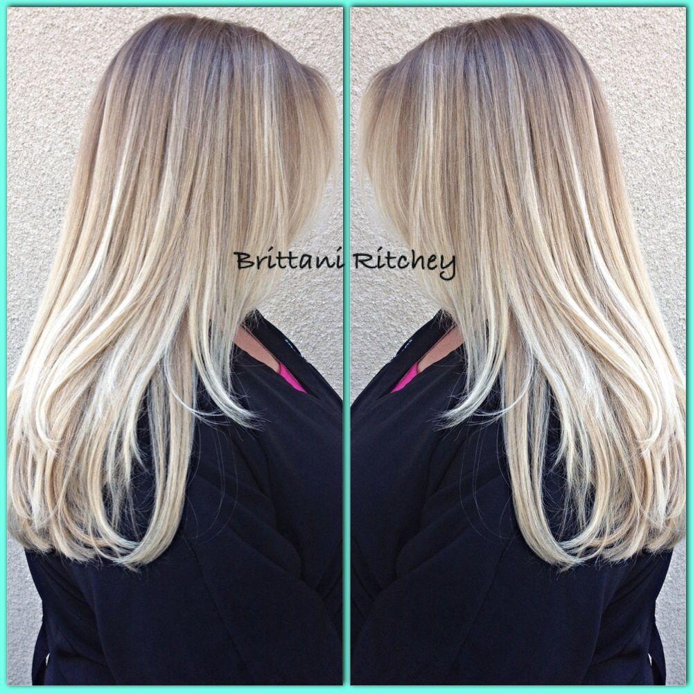 Icy cool platinum blonde ombré Beauty hairskinnails Pinterest