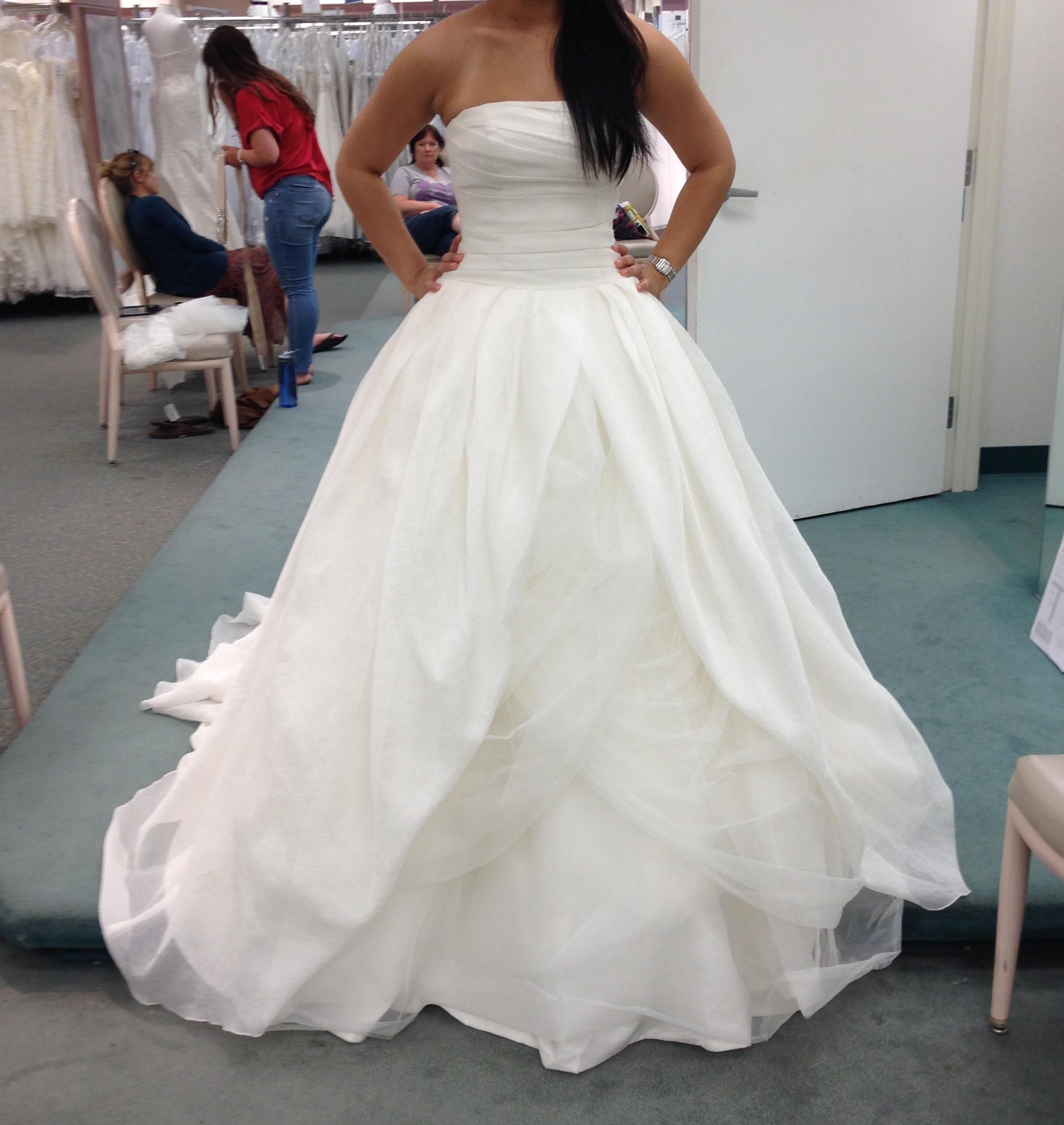 White by Vera Wang Ivory Organza Textured In Vw351178