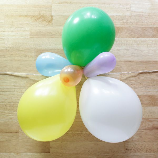 How-to: Balloon Garland | Hands Occupied