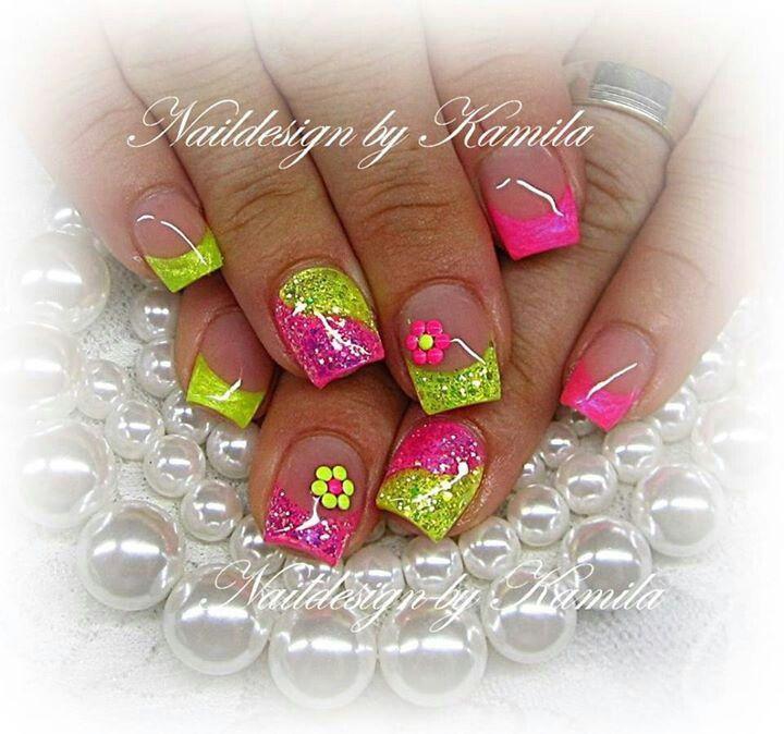Cute colors nail art design | Nails | Pinterest | Diseños de uñas ...
