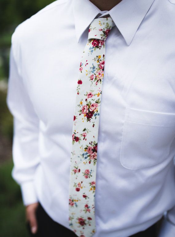 28886aa829a3 BENJAMIN White Pink Retro Floral Skinny Tie 2.36