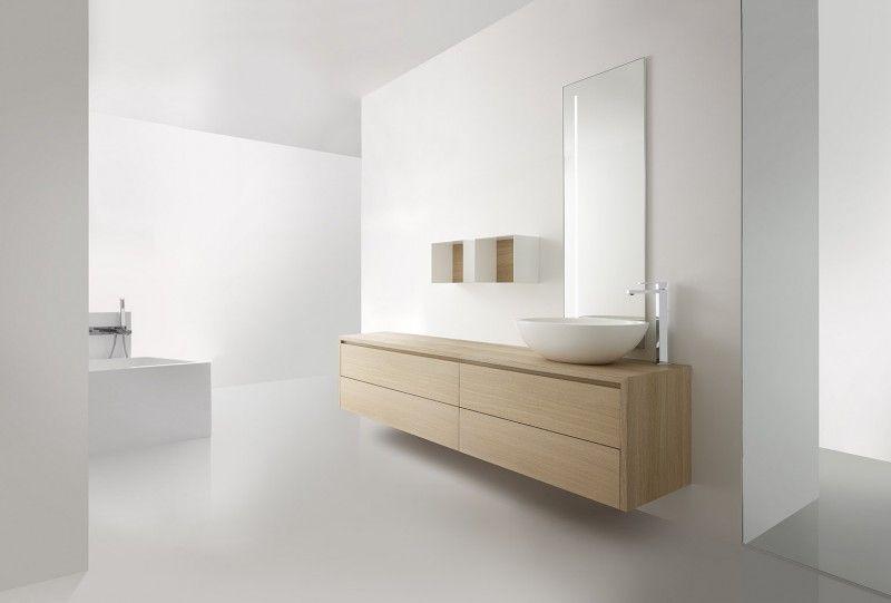 Gietvloer Voor Badkamer : Prachtige badkamer van casabath italië witte gietvloer. houten