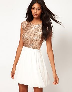 d8aa98c3e81b3 Robe patineuse avec top en sequins   beautifully fashionable   chic ...