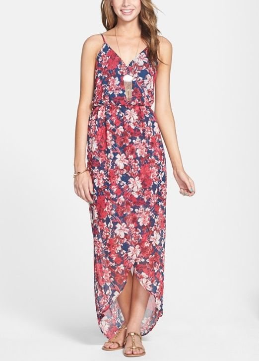 7f118c1b12 On trend! Pretty floral print tulip hem maxi dress.