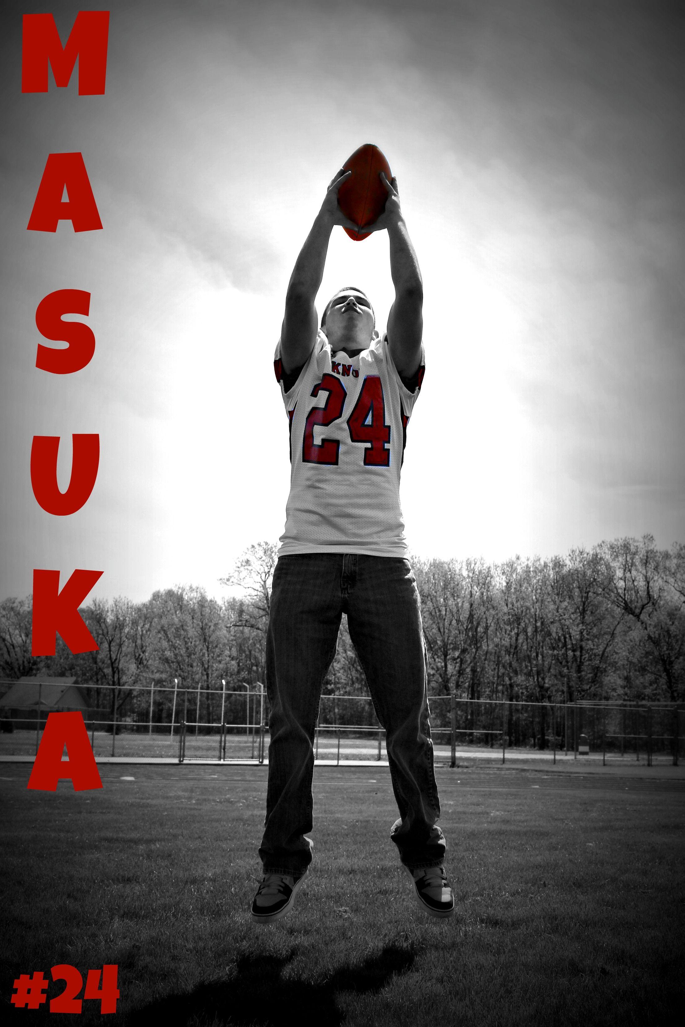 SENIOR PHOTO IDEAS FOOTBALL Senior photos, Football