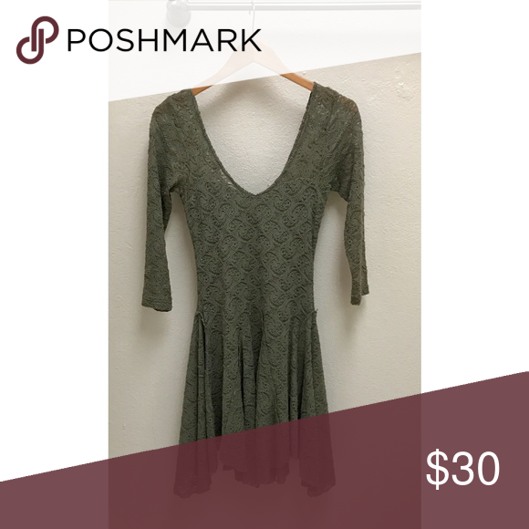 Green free people quarter sleeve dress Worn once . Super comfy and pretty on , flares out . Hang dry Free People Dresses
