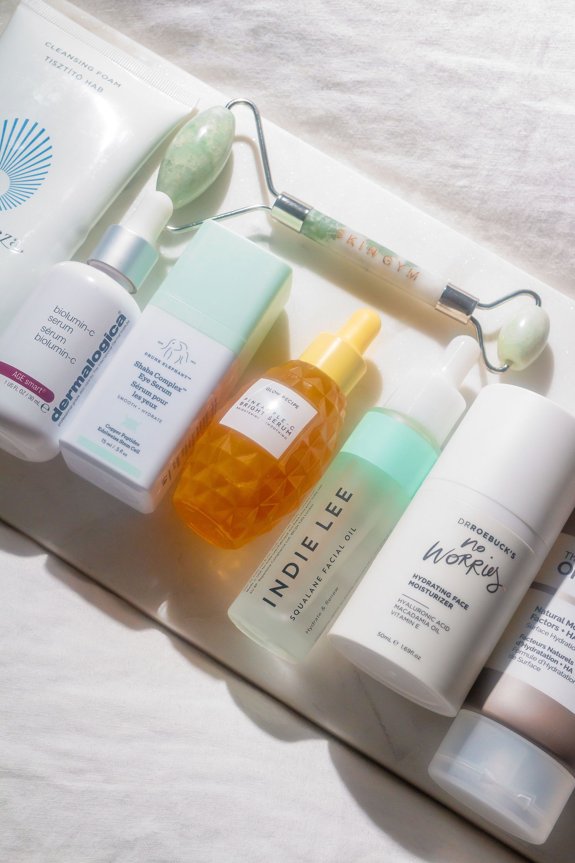 Gift Guide 26 Of The Best Skincare Gift Sets For Every Skin Type And Budget Skin Care Gifts Skincare Gift Set Skin Care