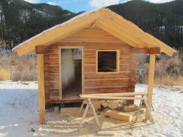 Log Cabin by Fred Beal http://www.cabinbuilds.net/log-build-by-fred-beal