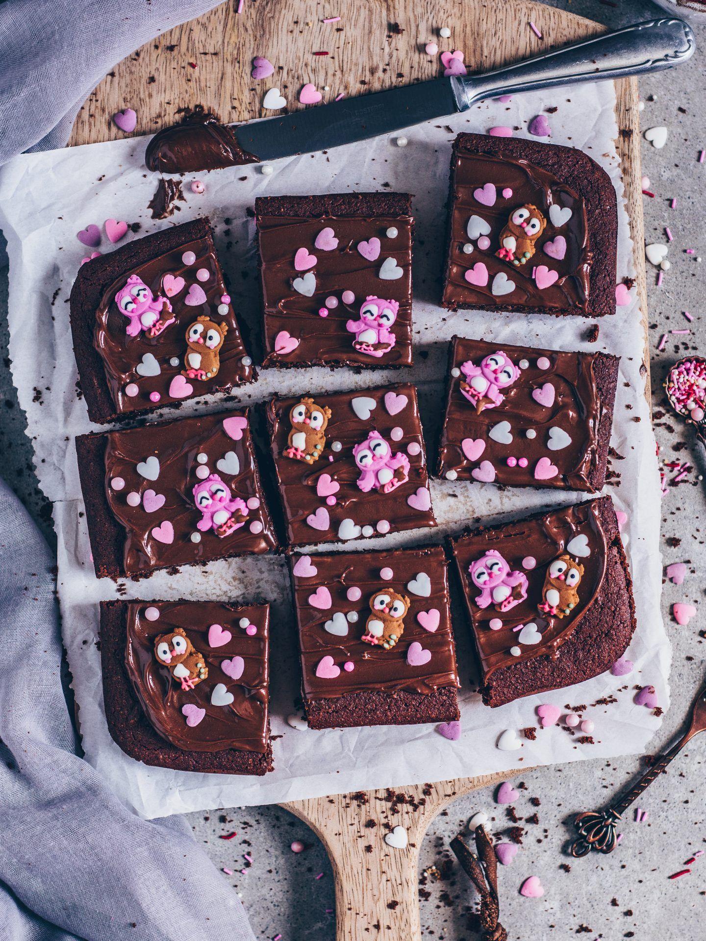 Vegan brownies with chocolate cream icing (simple recipe) – Bianca Zapatka | recipes