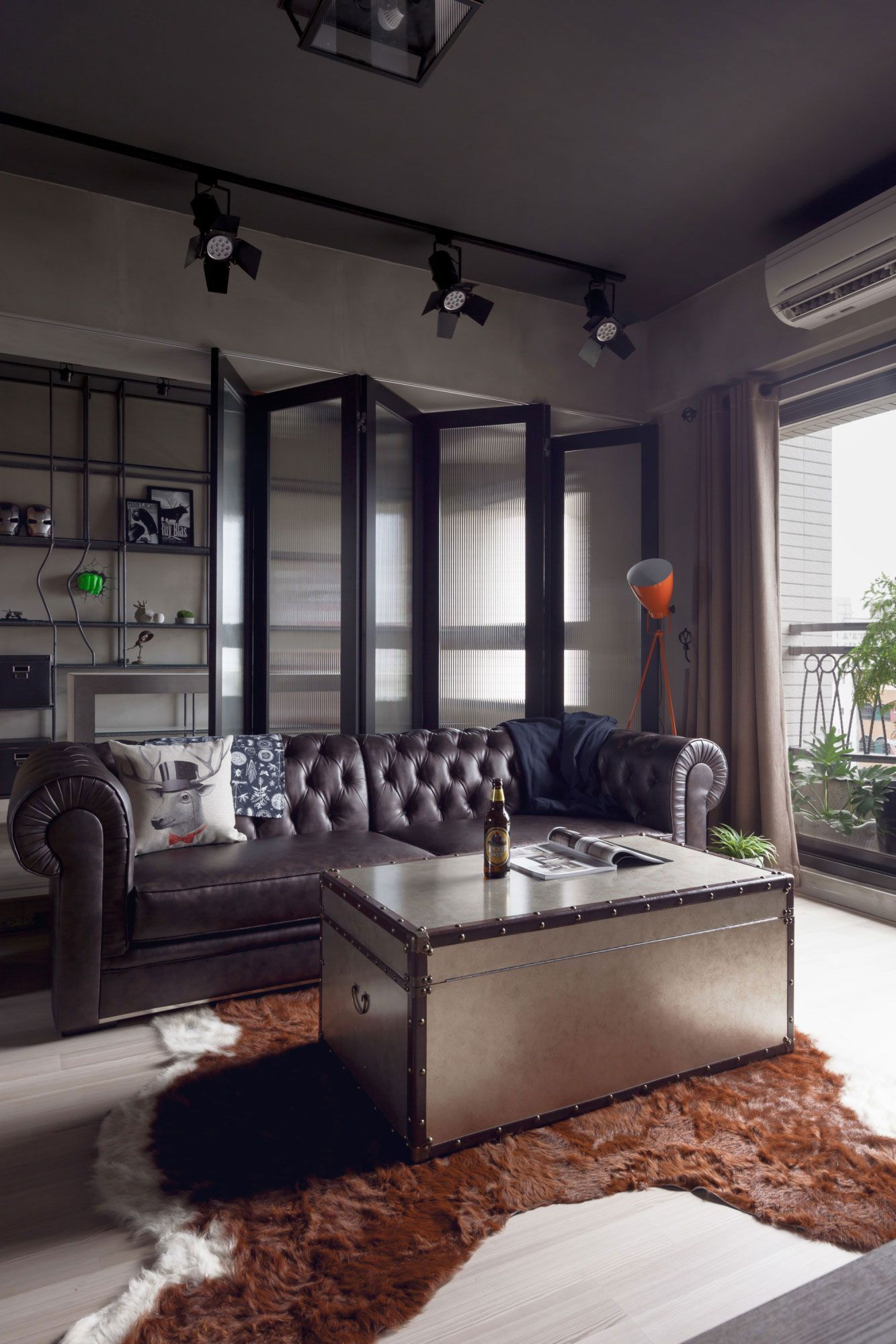 20 Bachelor Pad Apartments For The Modern Gentleman Industrial Style Living Room Rustic Living Room Rustic Industrial Living Room