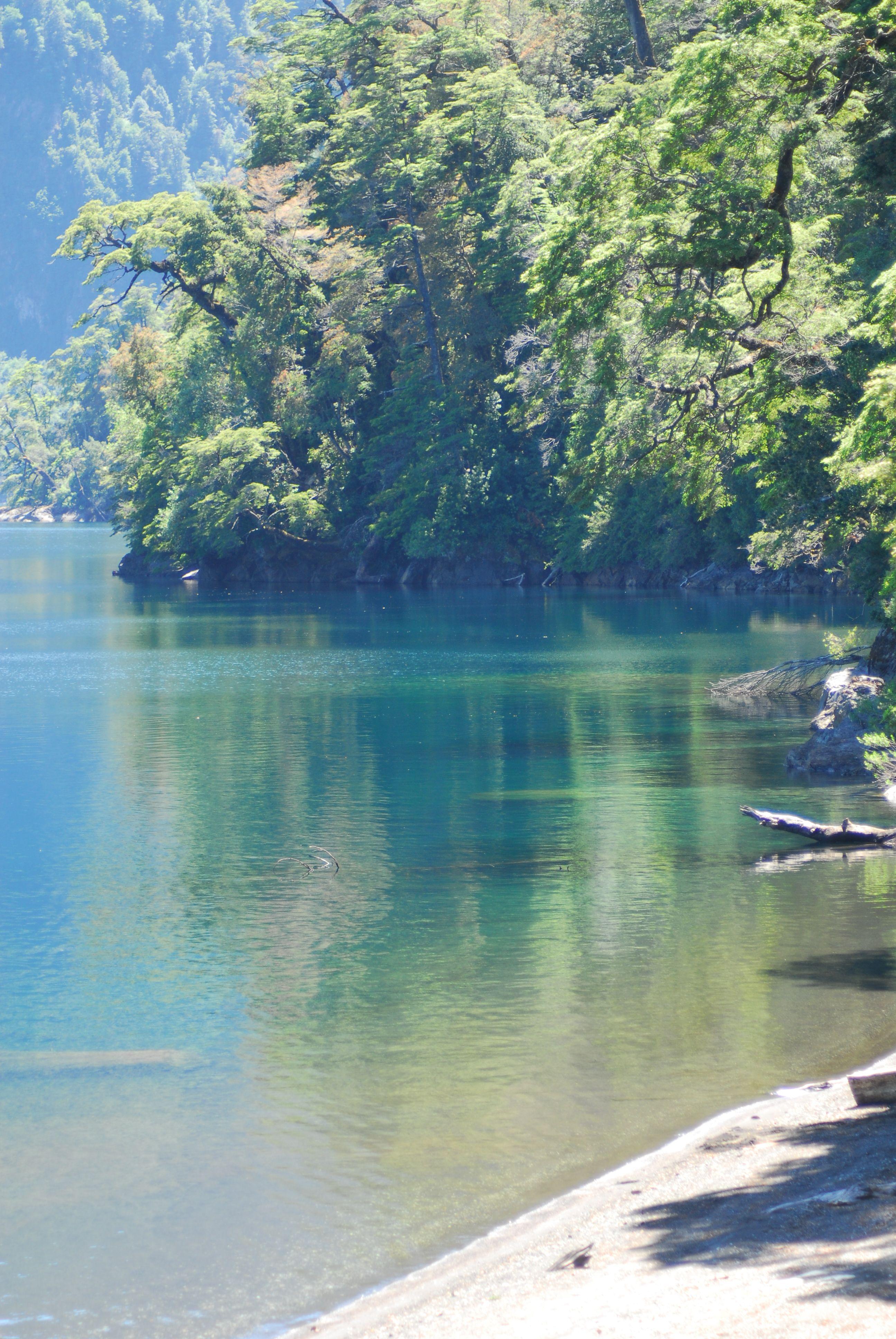 Lago Pirihueico, Chile