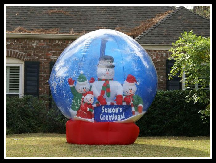 Giant Up Snow Globes In People S Yards Haha