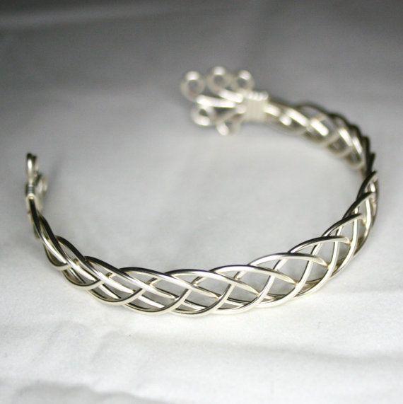 karen un bracelet celtique bijoux celtiques fil par wirewizardz fil de fer pinterest. Black Bedroom Furniture Sets. Home Design Ideas