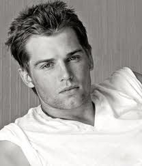 Mike Vogel <3