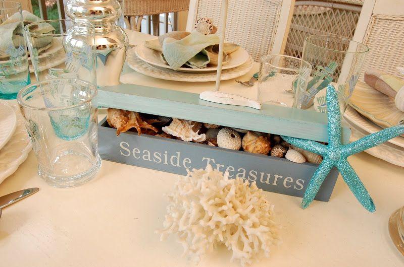 Beach Themed Table Setting & Beach Themed Table Setting | Beach Tablescapes and Place setting