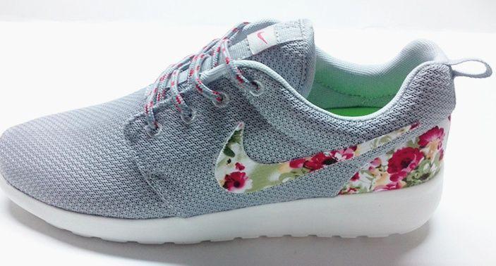 8f72d429184b6d Hohe Qualität Nike Roshe Run Weiß Blume Grau Frauenschuhe Schuhe ...