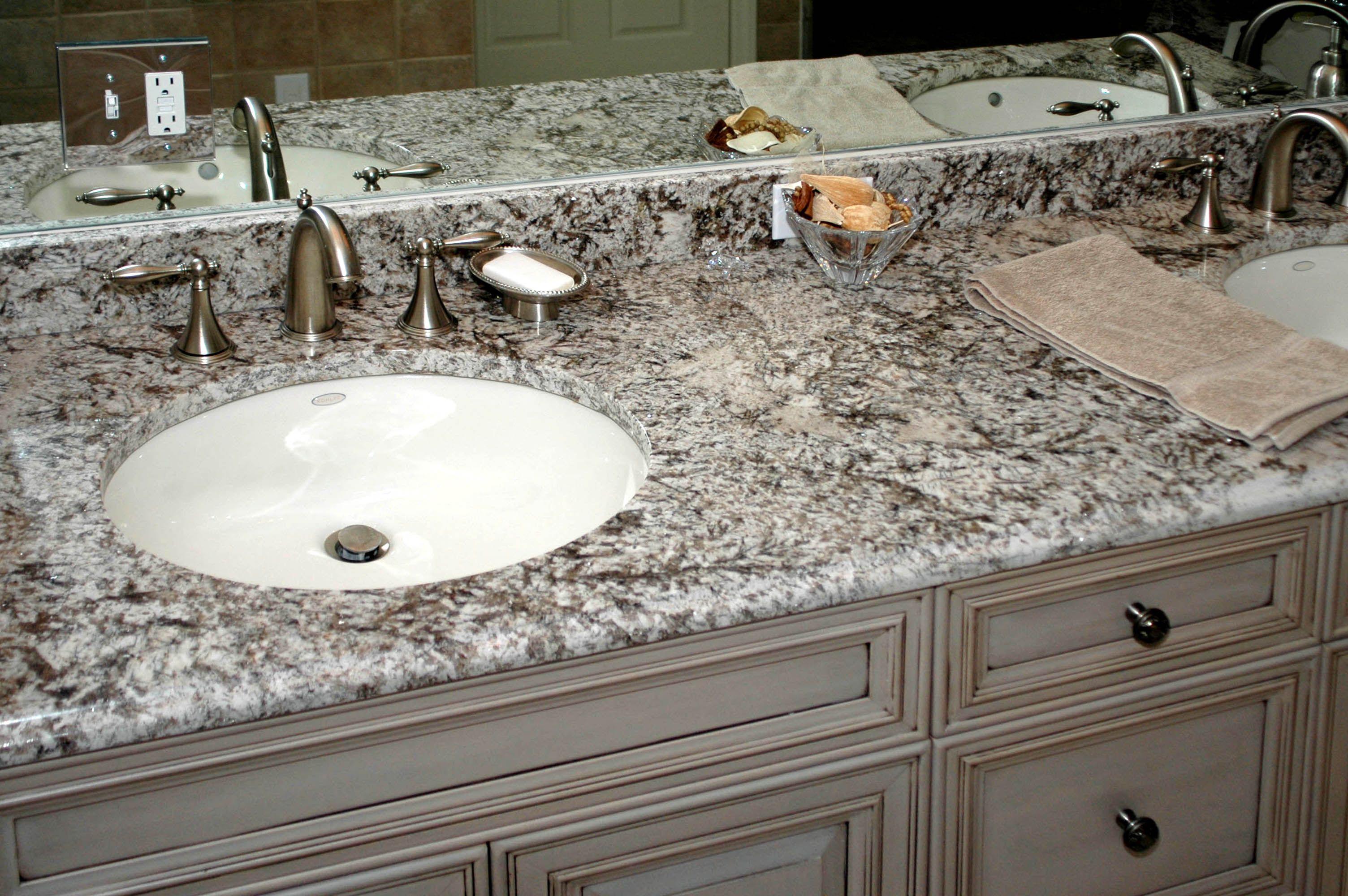 31++ Bathroom vanity with granite countertop ideas