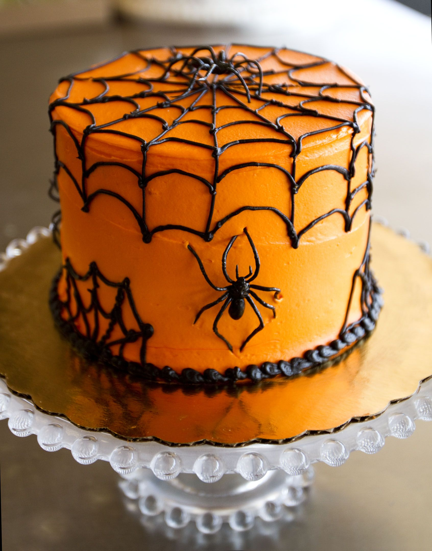 spooky spiderweb cake halloween cake 004