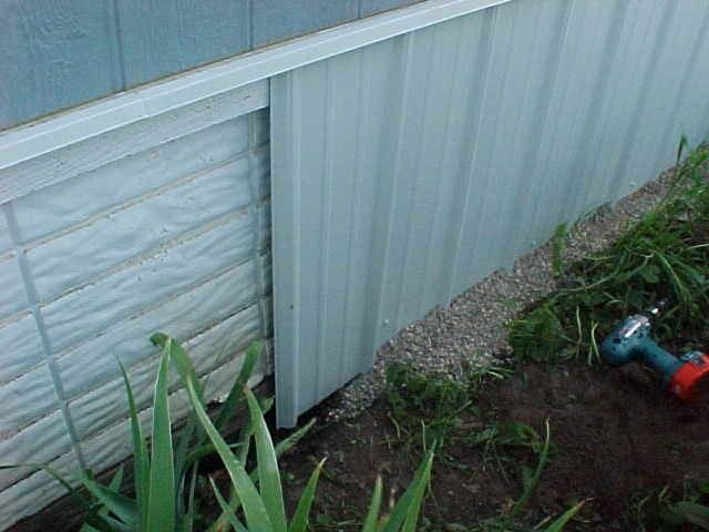 A Better Skirting Idea Mobile Home Repair Mobile Home Skirting Mobile Home Redo Mobile Home Repair
