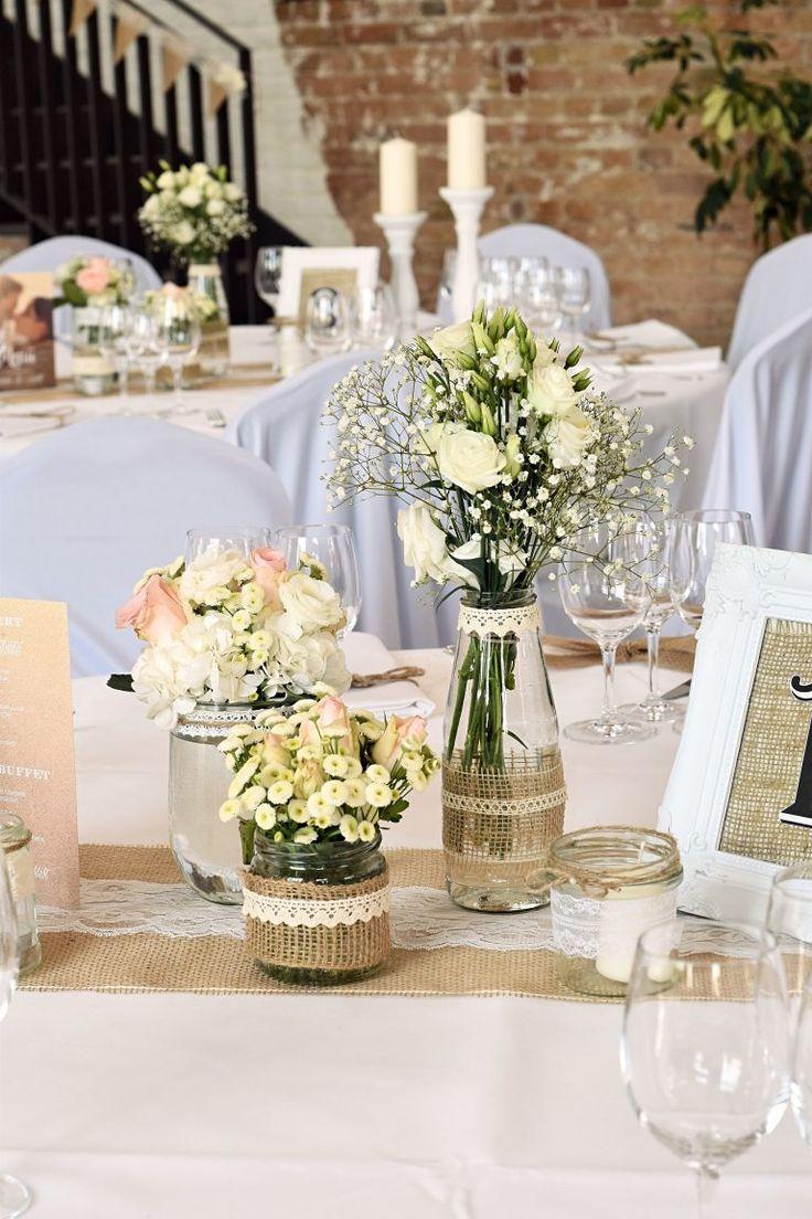 Wedding decorations on tables  Vintage Tischdekoration in weiß  Recipe  ŚLUB  WRZEŚNIA