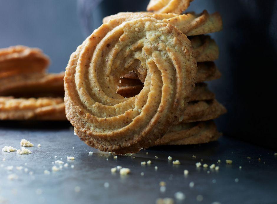 Opskrift på vaniljekranse fra Mette Blomsterberg. De smager himmelsk og er nemme at lave. Opskriften får du hér. #vaniljekranseopskrift