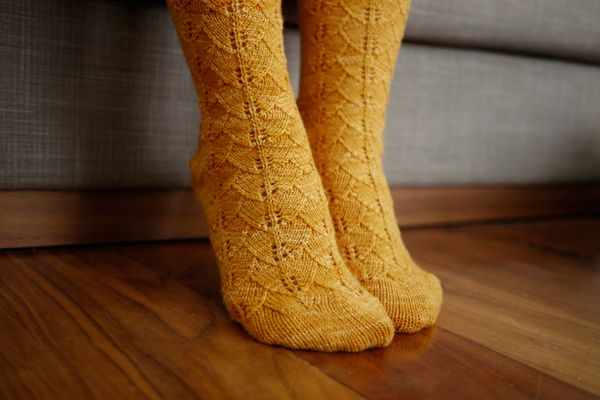Free Knitting Pattern Toe Up Ginkgo Socks Cotton And Cloud Toe