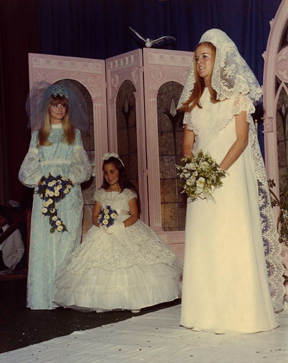 For Nearly A Decade Osu Women Said I Do To Bridal Fairs Vintage Bride Wedding Gowns Vintage Vintage Bridal