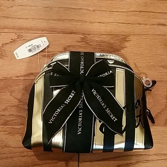 Victoria's secret gold/black bag set nwt Nwt Victoria's Secret Bags Cosmetic Bags & Cases