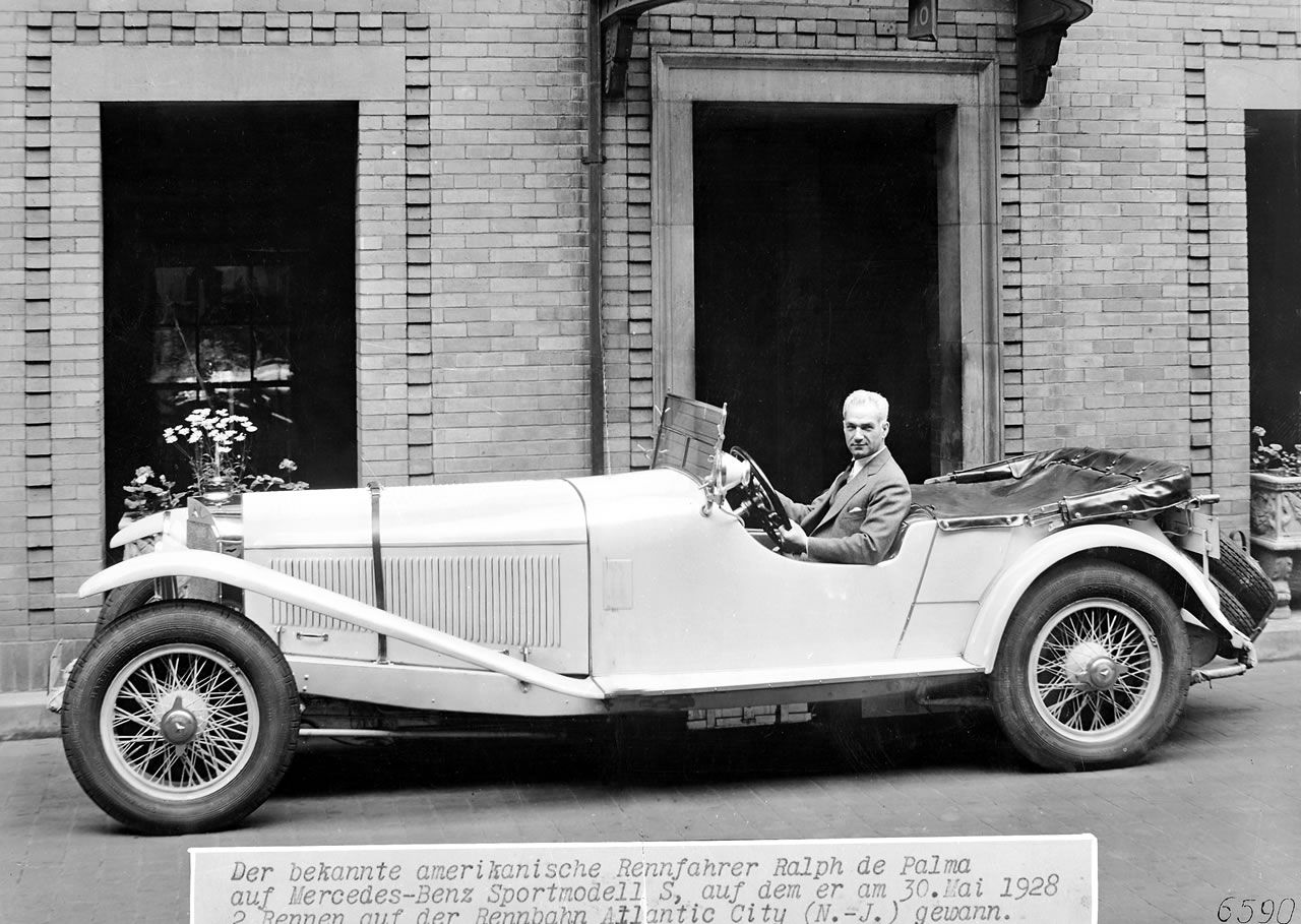 Ralph De Palma At The Wheel Of His 26 120 180 Hp Mercedes Benz S The Car With Which He Won Two Races On The Racetrack In At Latest Mercedes Benz Mercedes Benz