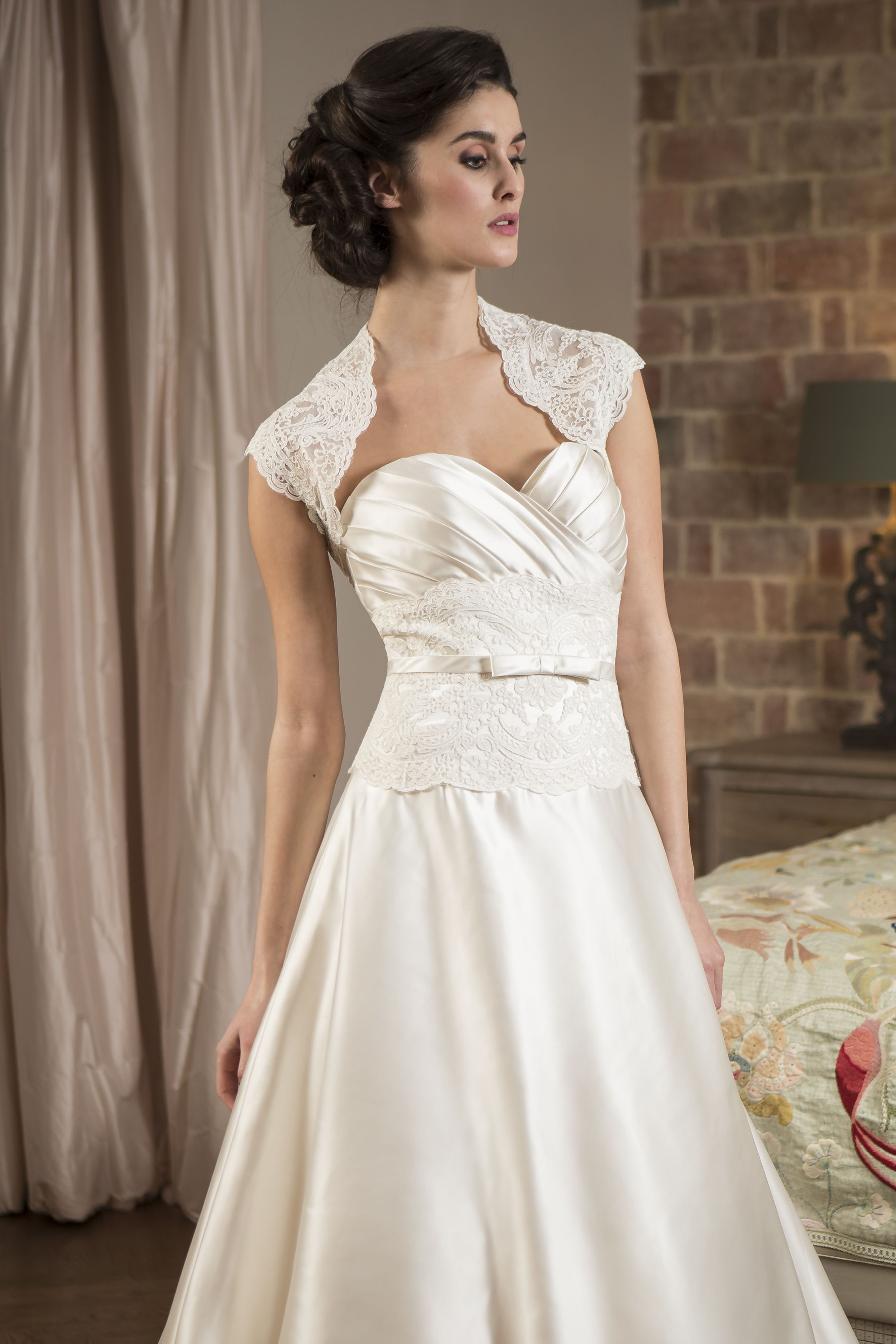 Pin by Béatrice Orain on guipure Dresses, Bridesmaid