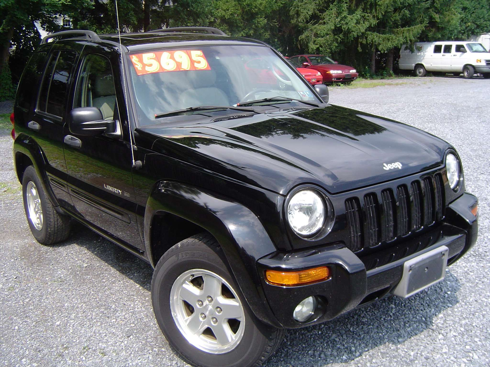 2003 jeep liberty 4dr limited 4wd price $11,983 body style 4-door