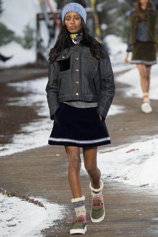 FASHION NEWS --- FASHION NEWS --- FASHION NEWS FASHION WEEK NEW YORK – FEMME – AUTOMNE/HIVER 2014/2015 – » TOMMY HILFIGER »  RETROUVEZ TOUTES LES IMAGES EN AYANT LE PLAISIR DE VISITER LE SITE:  http://fashionblogofmedoki.com