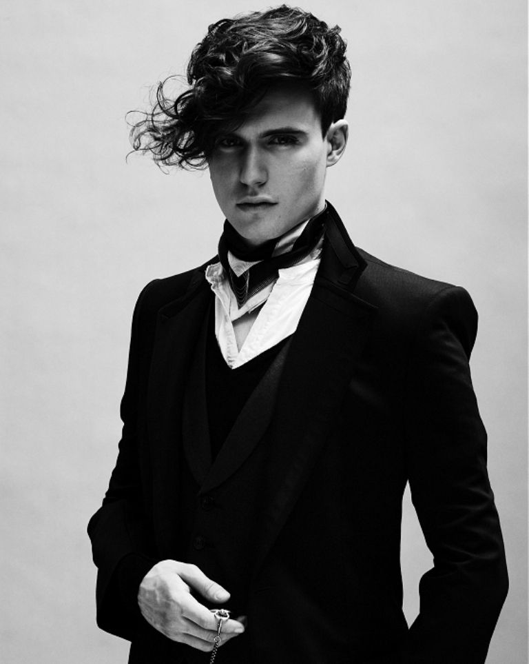 The Best Short Goth Hairstyles For Guys Diy Hair Styles Update Gothic Hairstyles Goth Hair Black Curly Hair