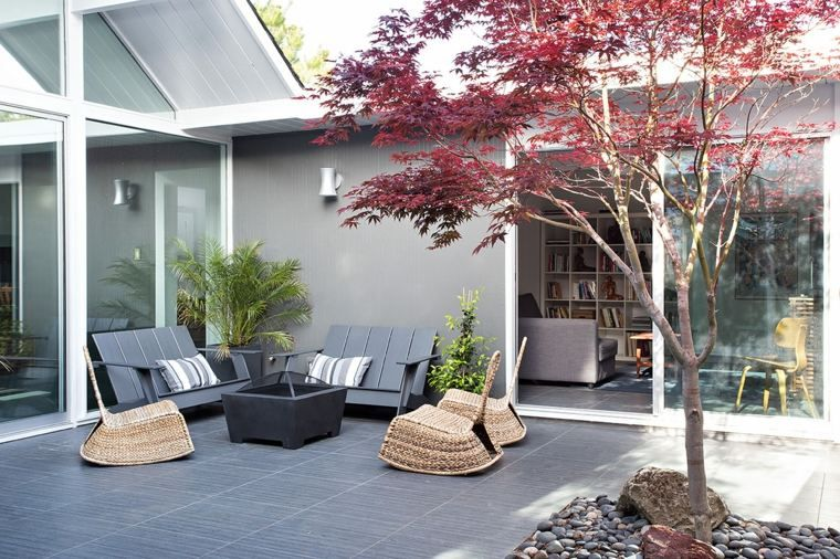 déco de terrasse moderne avec sol en carrelage gris | Balcon ...