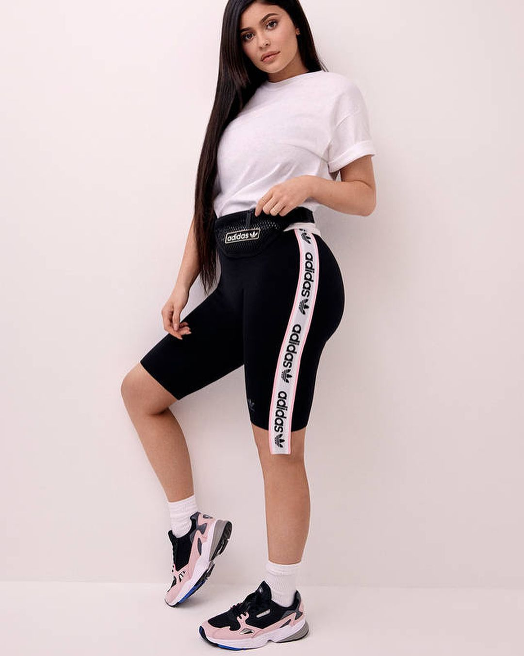 pantaloni adidas kendall jenner