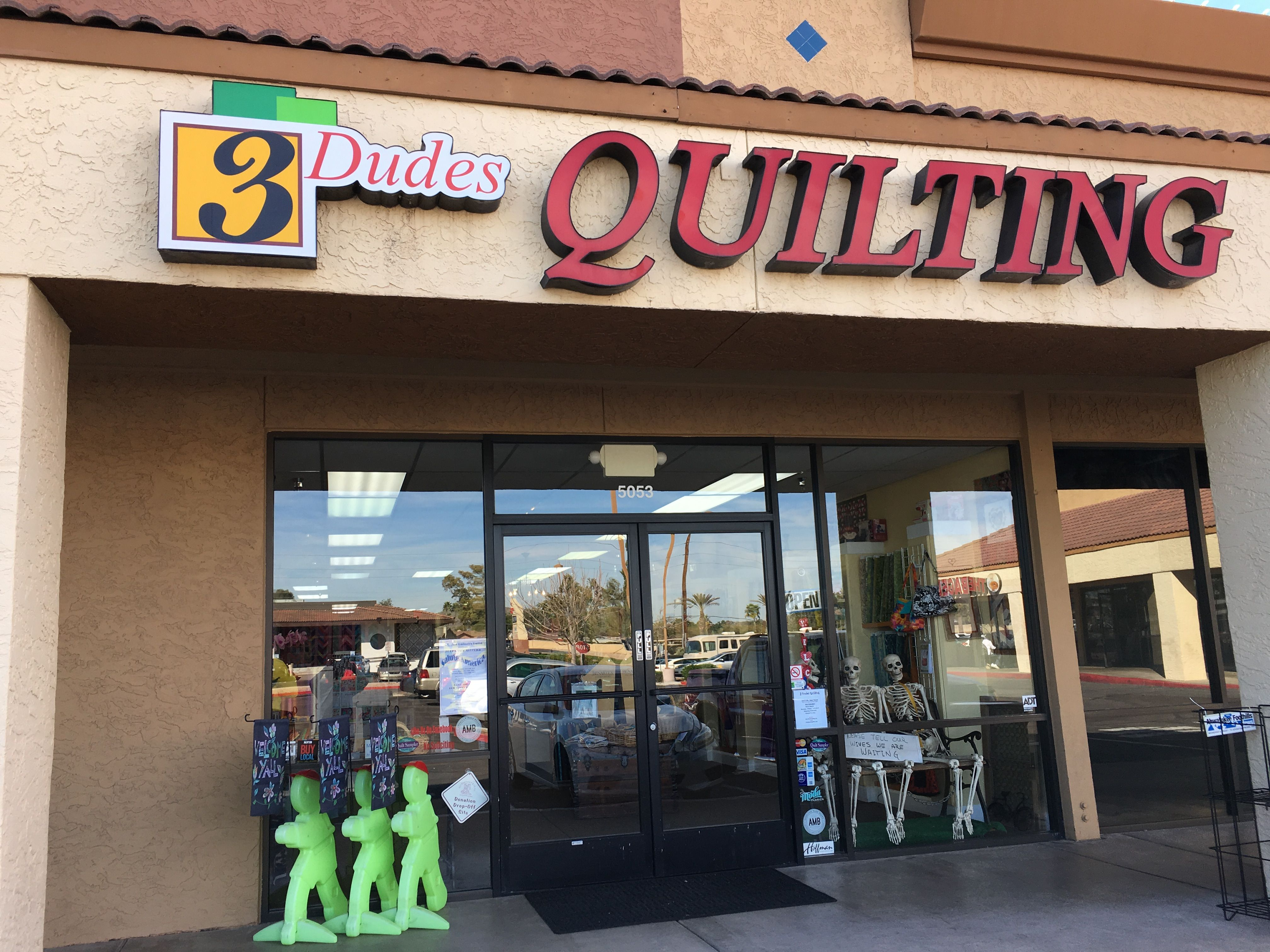 3 Dudes Quilting Phoenix Az Visited 2102017 Nice Shop Took A