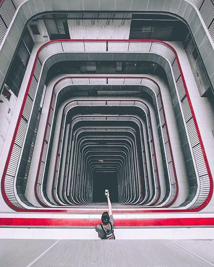 This photo is perfect #wanderlust #wander2play #bewanderful #sowanderful #love #somuchlove #travelallday #everydayImtraveling #wandering #wanderers #wanderfolk #travel #wanderingsoul #wanderingaround #wanderer #wanderful #haveawanderfulday  Follow @visualtraveller |  @leeyikkeat China  cc @leeyikkeat Share your best travel photos with #visualtraveller for a chance to be featured