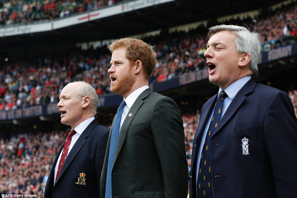 Prince Harry Watches The Army Vs Navy Rugby Match Prince Harry Photos Prince Harry Prince Harry Army