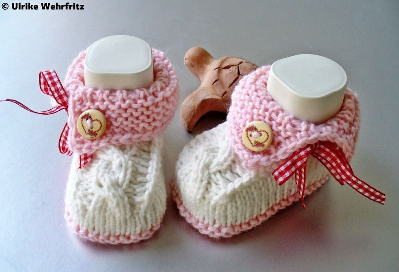 Babyzimmer Landhausstil ~ Babyschuhe landhaus taufe knit baby shoes knitted baby and babies