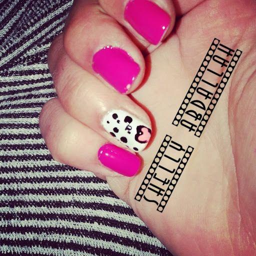 Nägeldesign Motiv Pink mit Herz