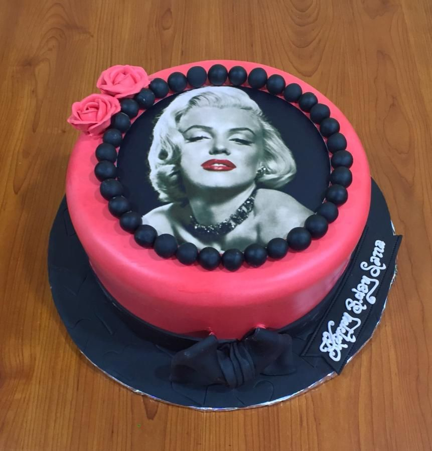 Marilyn Forever Cake By Michelles Sweet Temptation Michelles