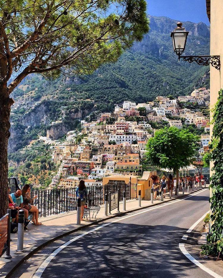 Positano Province Of Salerno Italy Amalfikuste Italien Reisen