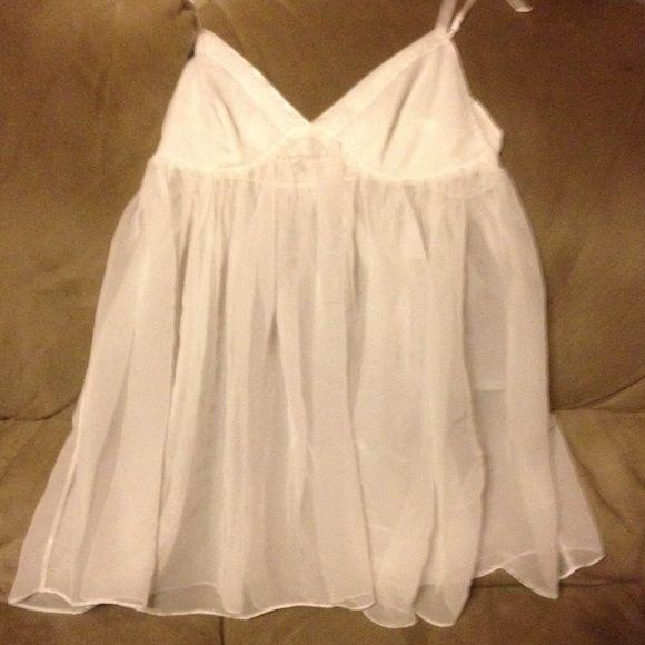 Babydoll White beautifull babydoll size medium Victoria's Secret Intimates & Sleepwear