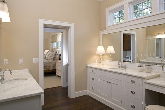 Jack And Jill Bathroom Design Ideas Pictures Remodel And Decor Jack And Jill Bathroom Bathroom Design Traditional Bathroom
