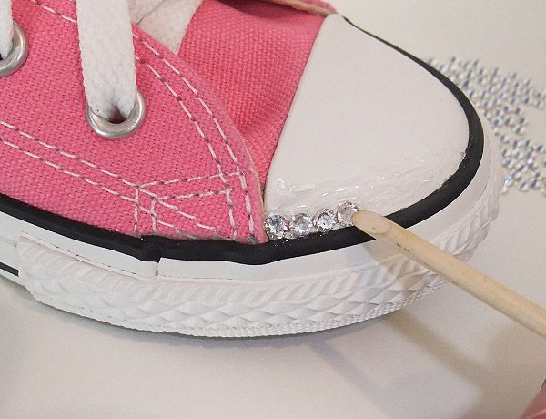 084611108503 How to Make Swarovski Crystal Converse