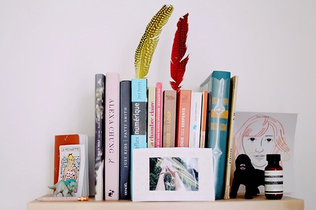 Décorer ses livres avec des plumes