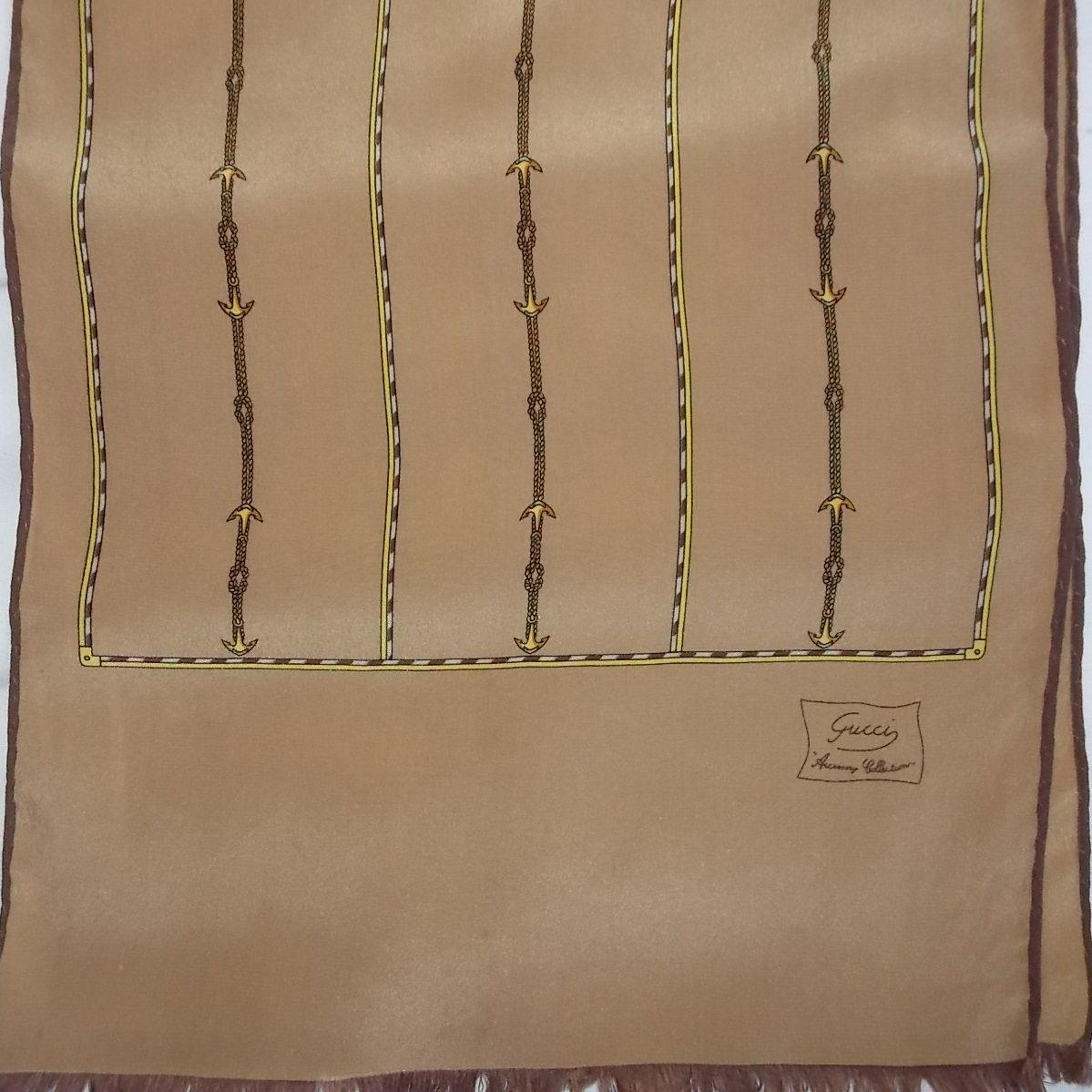 Foulard écharpe soie vintage GUCCI   http   jeronine-vintage.com ... 85a39b0db4c
