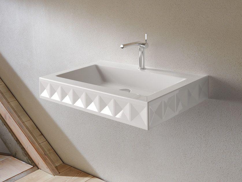 Lavabo Rettangolare Sospeso In Acciaio Smaltato Design Betta Ornamenti
