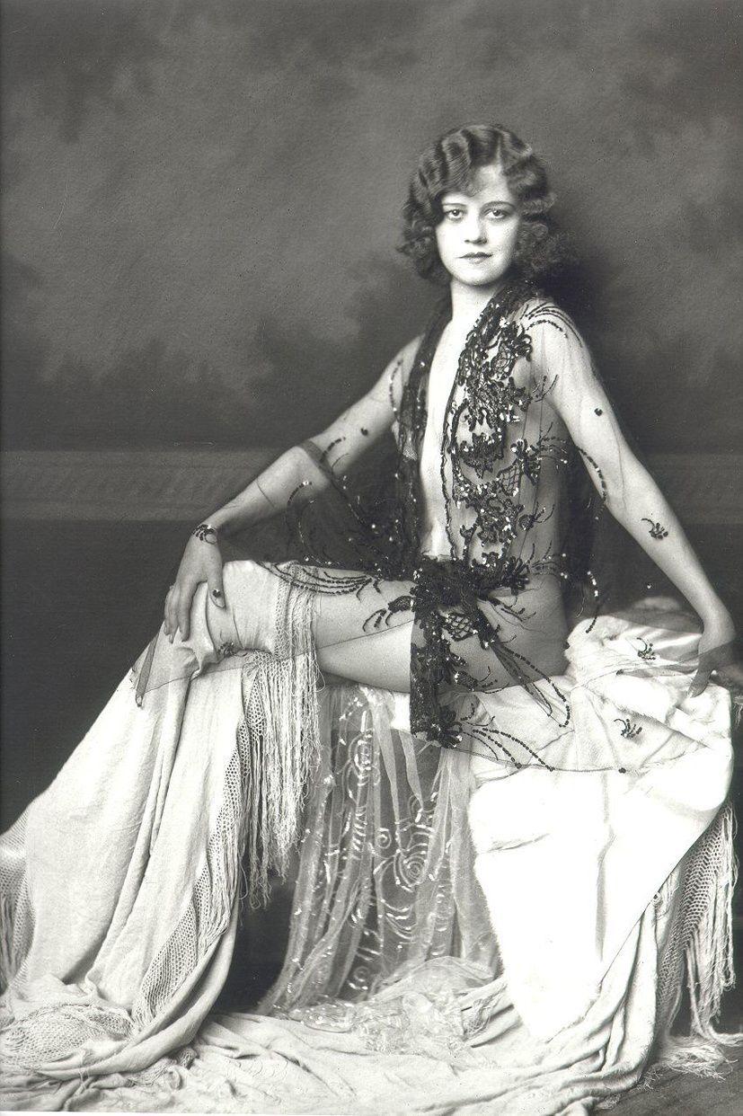 Alma Bella (1910?012),Angela Aames XXX pics & movies Kristine Miller,Jeanne Chinn