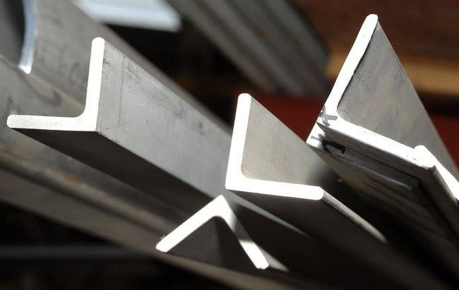 A Stainless Steel Angle Bar Shape With Inside Radius Corners That Is Ideal For All Structur Stainless Steel Angle Stainless Steel Bar Stainless Steel Sheet